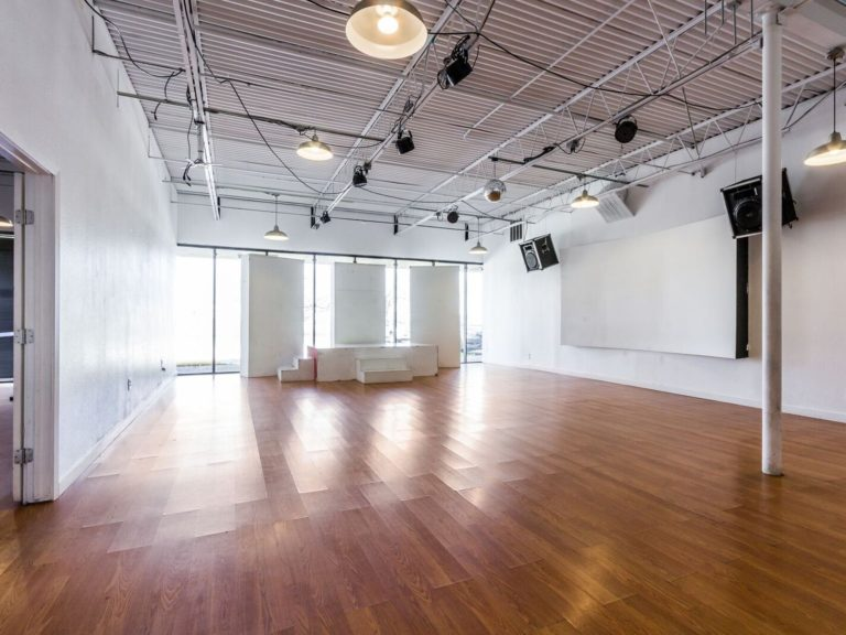 Top Event Venues in Dallas Available on AVVAY.com